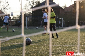 """Uczniowski Klub Sportowy """"Akademia Piłki Nożnej"""" z Tworoga - trening 6"""