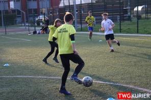 """Uczniowski Klub Sportowy """"Akademia Piłki Nożnej"""" z Tworoga - trening 4"""