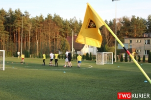 """Uczniowski Klub Sportowy """"Akademia Piłki Nożnej"""" z Tworoga - trening 12"""
