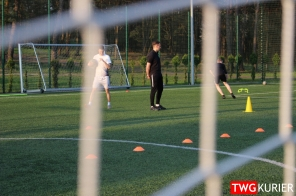 """Uczniowski Klub Sportowy """"Akademia Piłki Nożnej"""" z Tworoga - trening 15"""