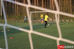 """Uczniowski Klub Sportowy """"Akademia Piłki Nożnej"""" z Tworoga - trening 18"""