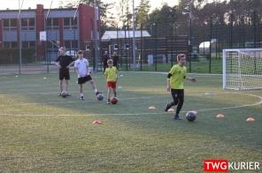 """Uczniowski Klub Sportowy """"Akademia Piłki Nożnej"""" z Tworoga - trening 23"""