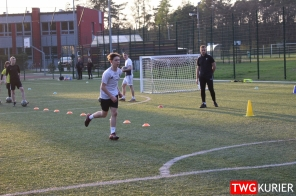 """Uczniowski Klub Sportowy """"Akademia Piłki Nożnej"""" z Tworoga - trening 24"""
