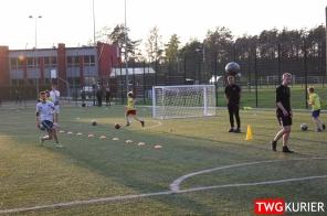 """Uczniowski Klub Sportowy """"Akademia Piłki Nożnej"""" z Tworoga - trening 26"""