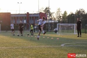 """Uczniowski Klub Sportowy """"Akademia Piłki Nożnej"""" z Tworoga - trening 28"""