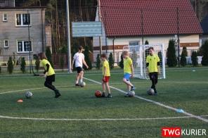 """Uczniowski Klub Sportowy """"Akademia Piłki Nożnej"""" z Tworoga - trening 29"""