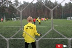"""Uczniowski Klub Sportowy """"Akademia Piłki Nożnej"""" z Tworoga - trening 35"""