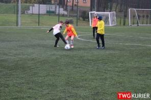 """Uczniowski Klub Sportowy """"Akademia Piłki Nożnej"""" z Tworoga - trening 38"""
